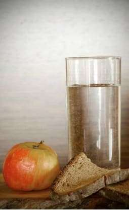 bread water and fruit diet